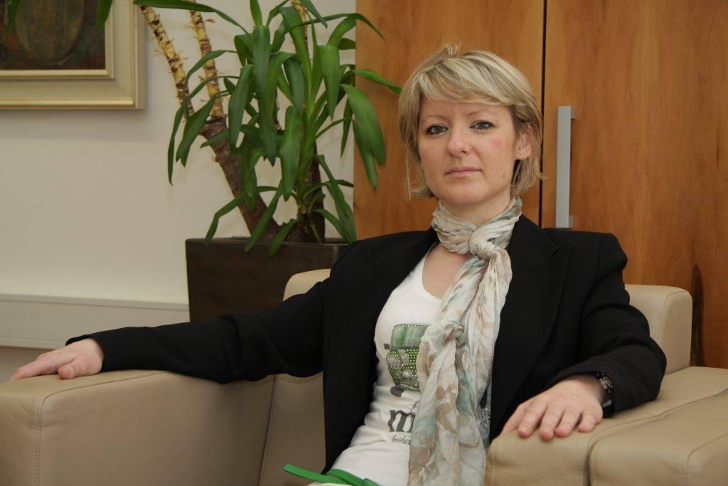 Tina Komelj, ministrica za Slovence po svetu