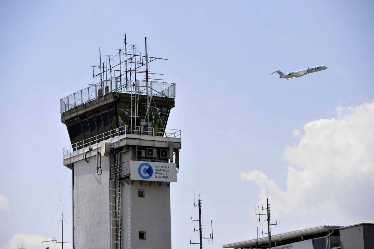 Največji porast števila potnikov v zadnjem letu je bil na letalskih linijah med Slovenijo in Rusijo. Foto: BoBo