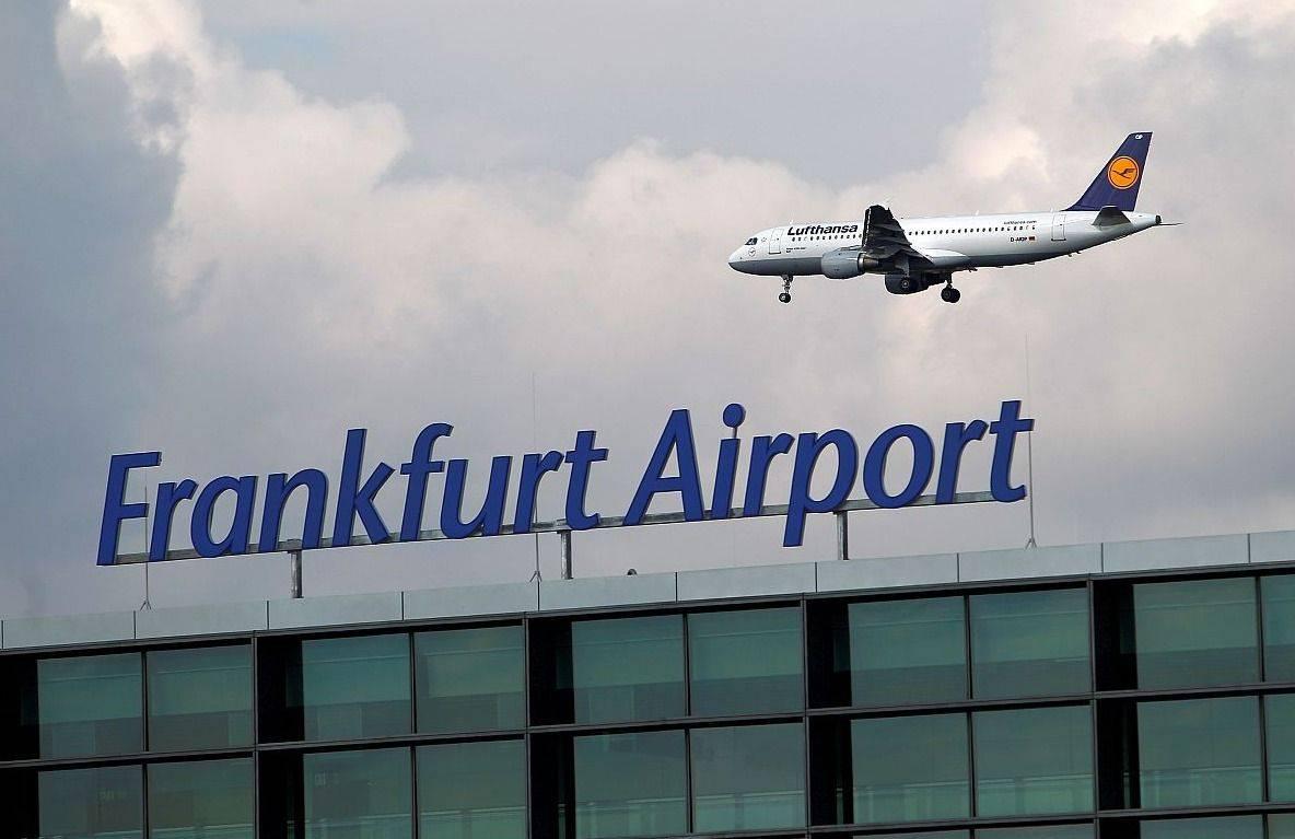 Izhodiščna točka vseh Lufthansinih poletov bo letališče v Frankfurtu. Foto: Reuters