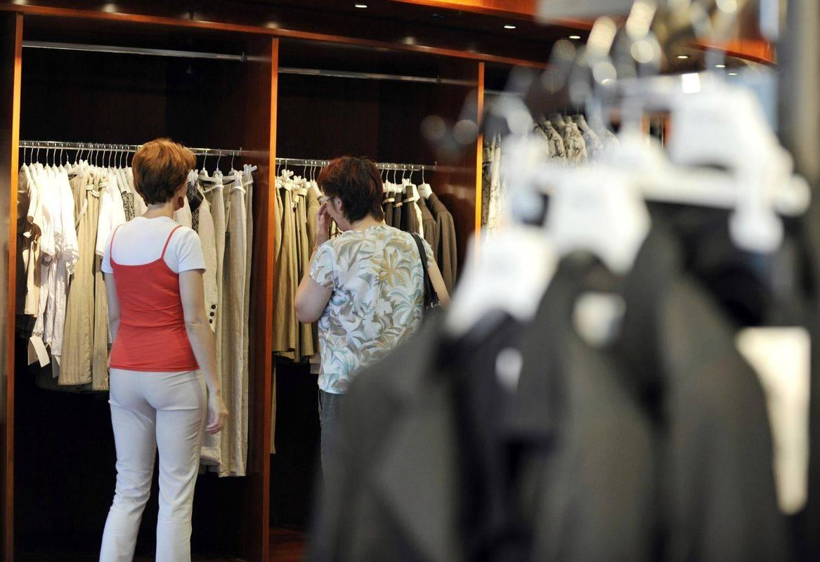 V ponedeljek bodo znova odprti trgovski centri. Foto: BoBo