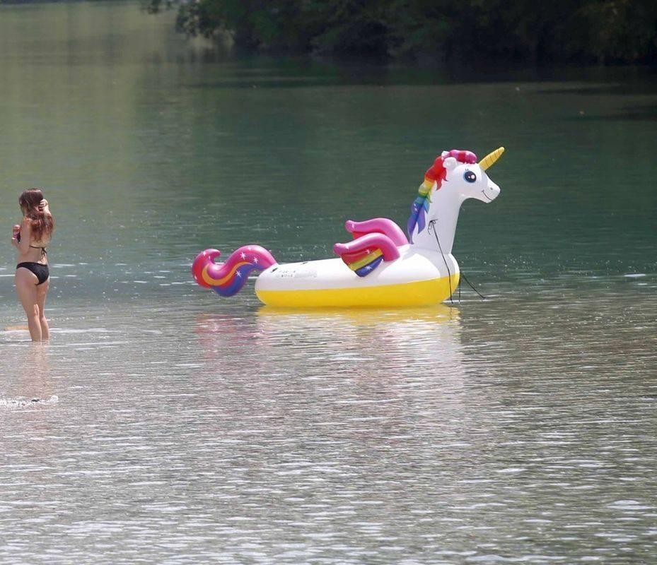 Dopustovanje na domači reki. Foto: BoBo