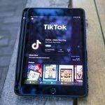 Microsoft nadaljuje pogajanja za prevzem ameriškega dela TikToka