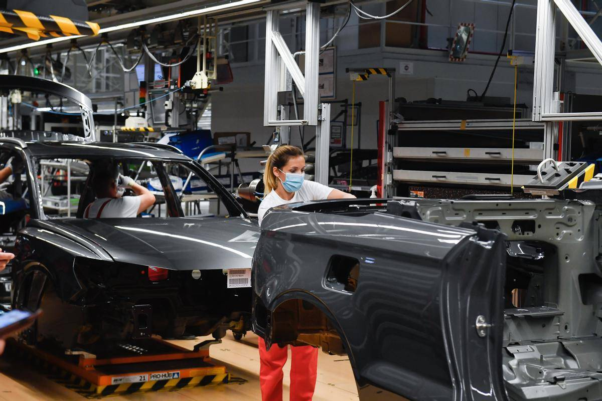 Sindikat IG Mettal predstavlja delavce podjetij, kot so: Audi, BMW in Porsche. Je največji sindikat v Evropi, zaradi česar pogosto določa smernice ostalim sindikatom pri pogajanjih z vlado. Foto: EPA