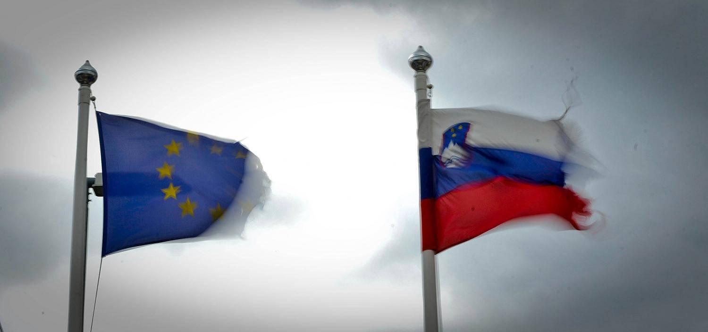 V Sloveniji je delo preveč obdavčeno, opozarjajo v Bruslju. Foto: BoBo