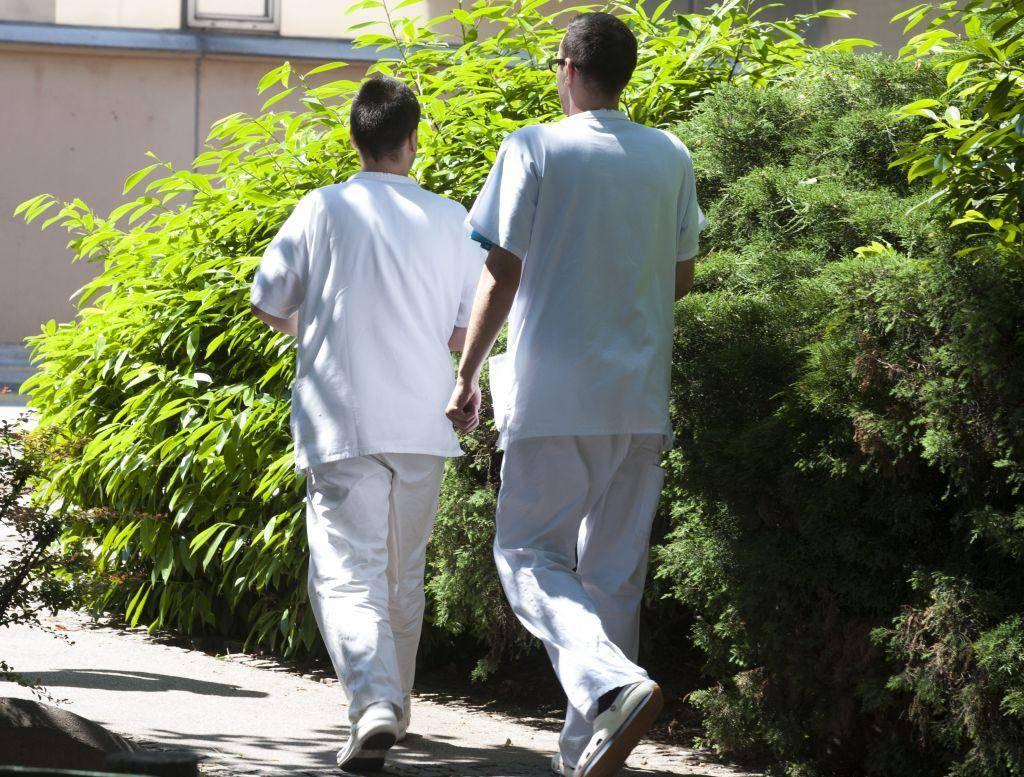 Peti protikoronski sveženj se bo prednostno posvetil krepitvi zdravstva. Foto: BoBo