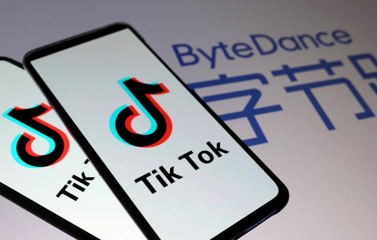 Trump je 14. avgusta podpisal izvršni ukaz, s katerim je ByteDanceu dal na voljo 90 dni, da proda TikTok. A napovedani posel ni strukturiran kot prodaja, temveč kot partnerstvo. Foto: Reuters