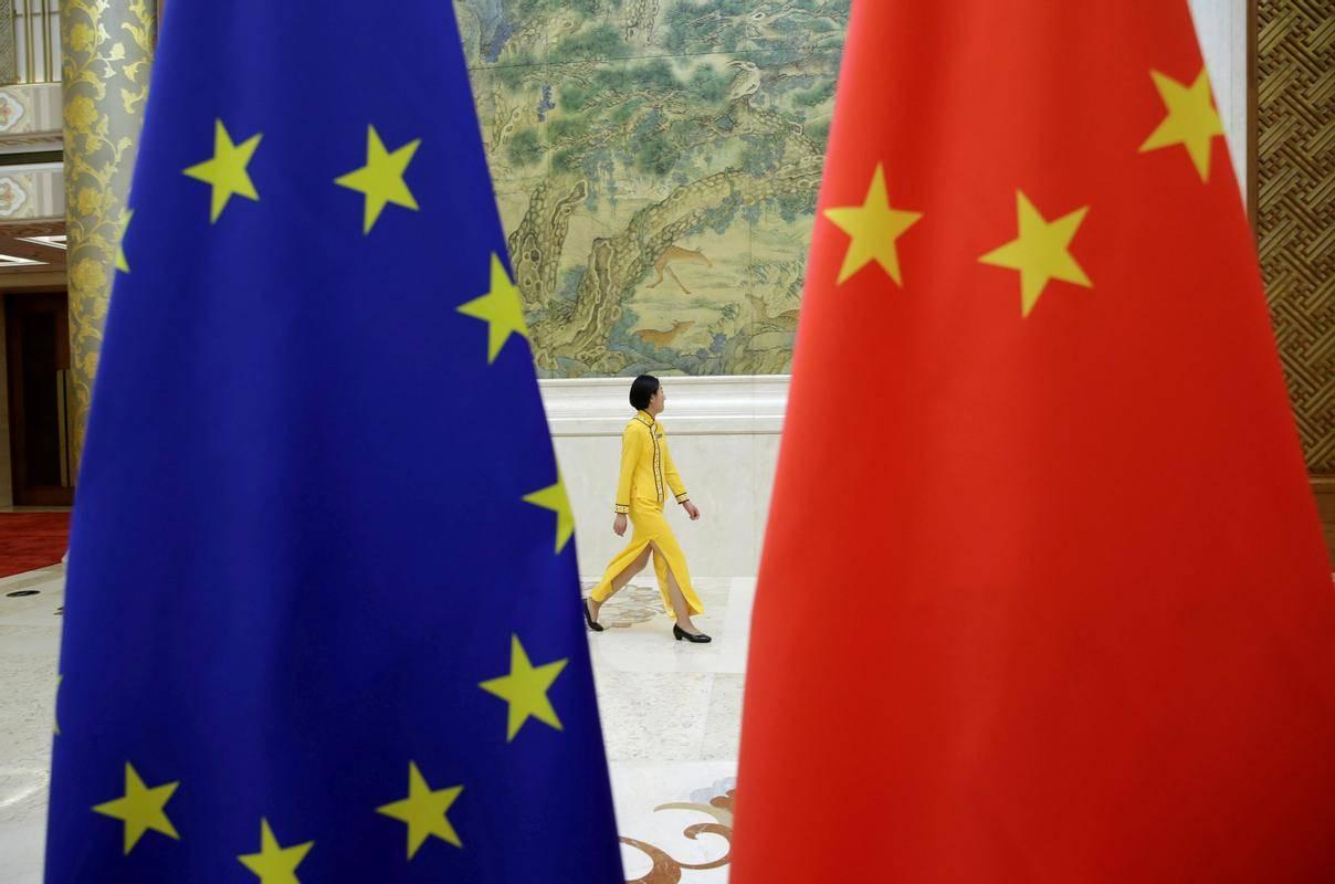 Pogajanja so v šestih letih večkrat zastala. Po trditvah Bruslja namreč Kitajska ni izpolnila svojih obljub o izboljšanju dostopa evropskih podjetij do svojega trga, medtem ko naj bi bil dostop kitajskim podjetjem do evropskega trga precej odprt. Foto: Reuters