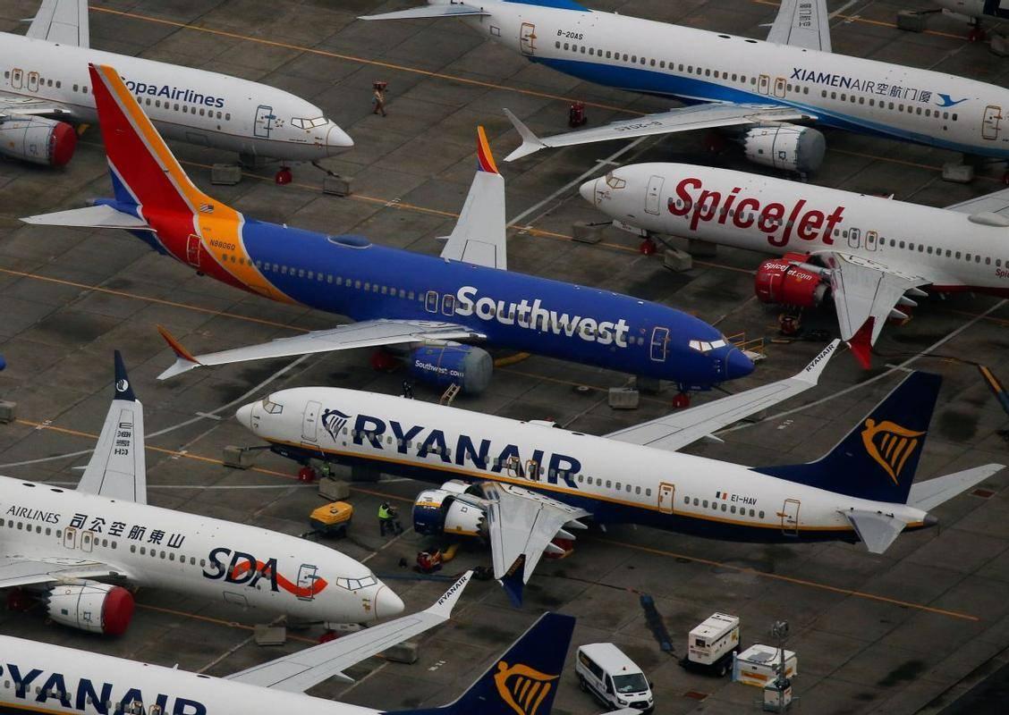 Letala, ki ne obratujejo, redno vzdržujejo, s čimer zagotavljajo, da so pripravljena na vrnitev k letenju. Foto: Reuters