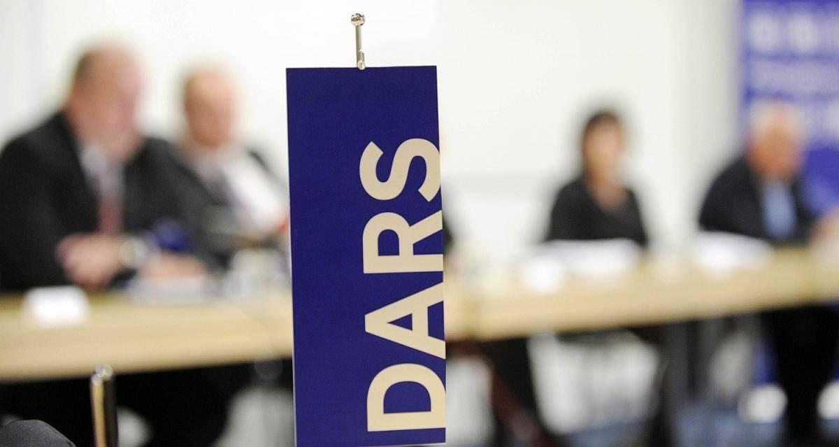Predsednik uprave Darsa Valentin Hajdinjak je zavrnil sume, da je bil razpis za e-vinjete prirejen. Foto: BoBo
