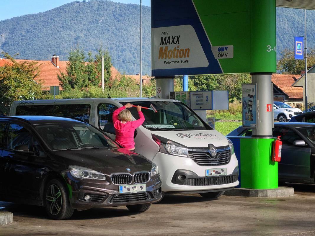 OMV ima v Sloveniji bencinske servise pod znamkami OMV, Eurotruck, Avanti in Diskont. Foto: BoBo