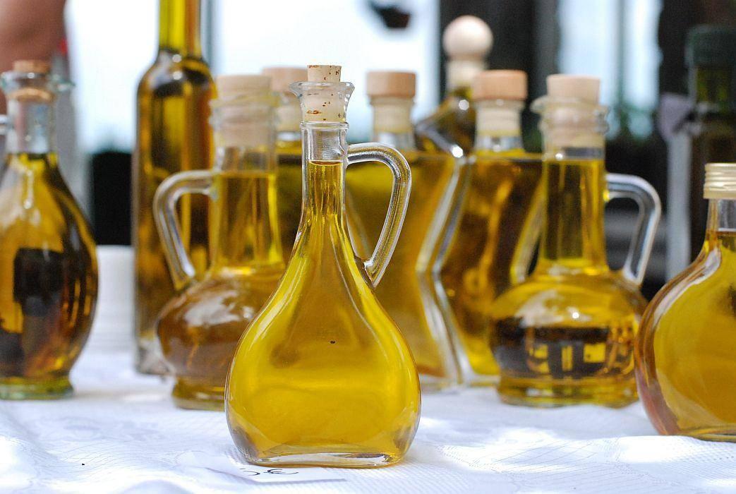 Inšpektorji niso sporočili, za katera olja gre. Foto: MMC RTV SLO/Kaja Sajovic