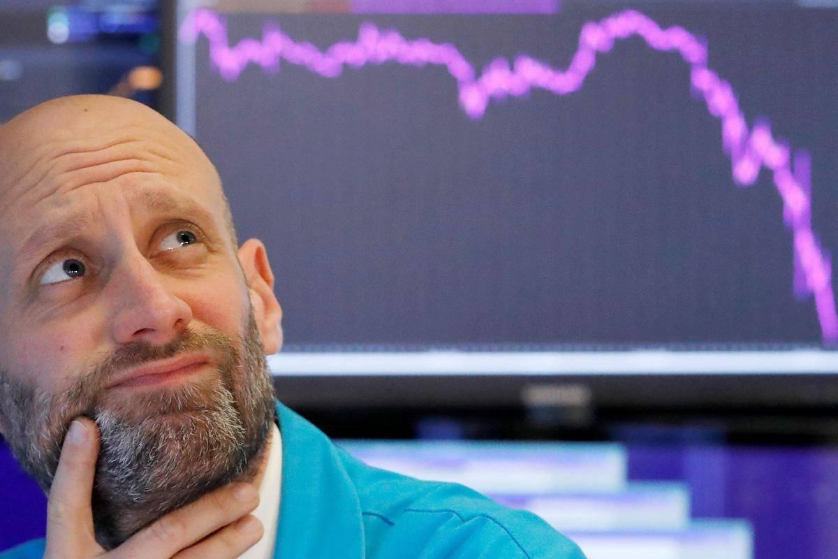 Indeksi v New Yorku so šli včeraj navzdol: S & P 500 za 0,76 odstotka, Dow Jones za 0,94 odstotka in Nasdaq za 1,12 odstotka. Donosnost 10-letne ameriške obveznice je ostala pri 1,73 odstotka. Foto: Reuters