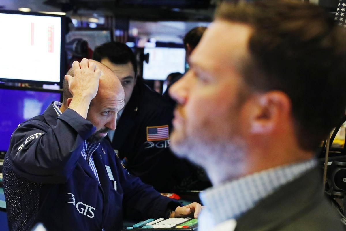 Davek na kapitalske dobičke bi se lahko za premožnejše Američane z 20 odstotkov povzpel na več kot 40 odstotkov, kar bi precej zmanjšalo privlačnost vlaganja v delnice in kriptovalute, ki so v večini sveta obdavčene, v Sloveniji pa načeloma ne. Foto: Reuters