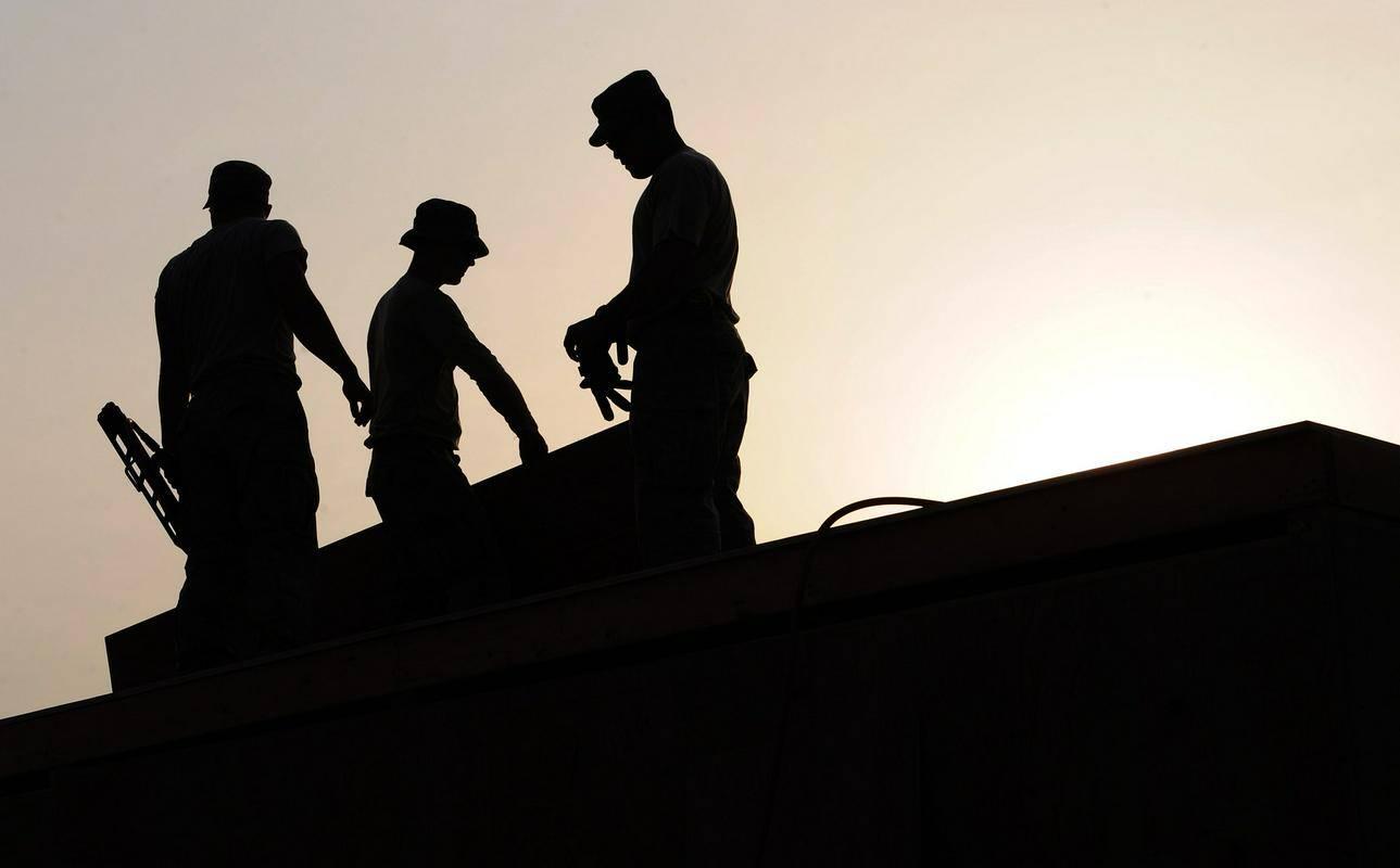 Epidemija je v določenih pogledih povzročila erozijo delavskih pravic. Foto: Pixabay
