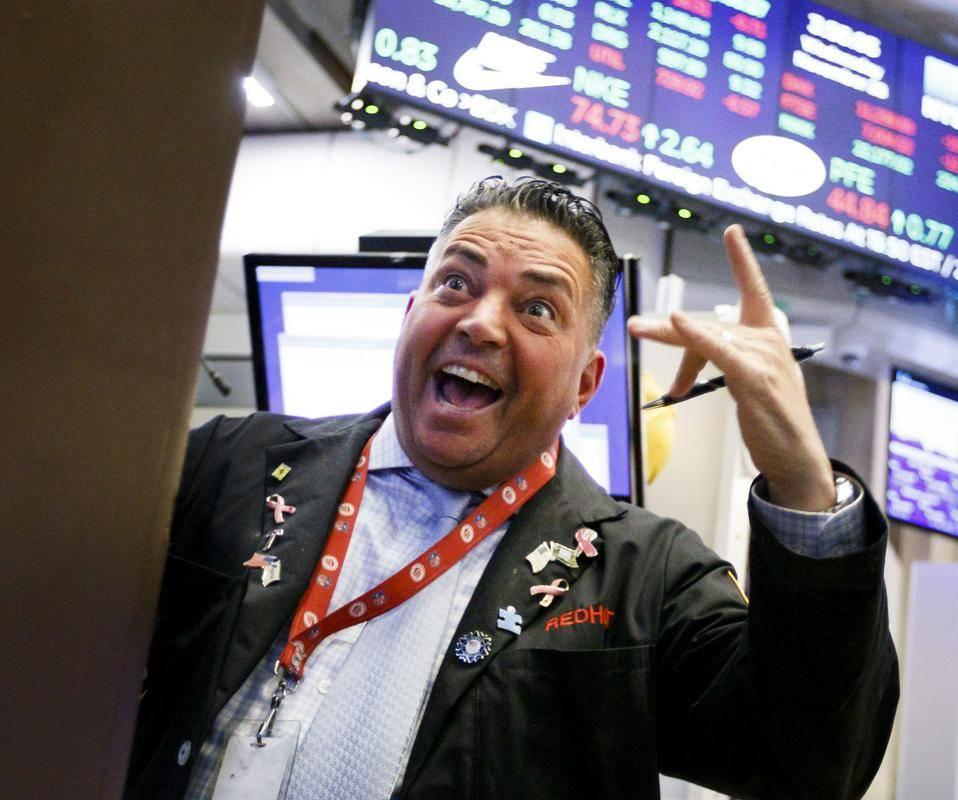Borza v Frankfurtu je v torek pozdravila nov rekord indeksa DAX30, pozitivno je v teden krenil tudi Wall Street, ki pa mu je ob koncu