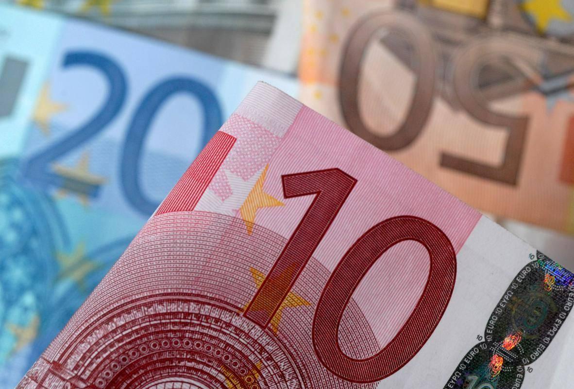 Menjalni tečaj naj bi bil 7,53 kune za evro. Foto: Reuters