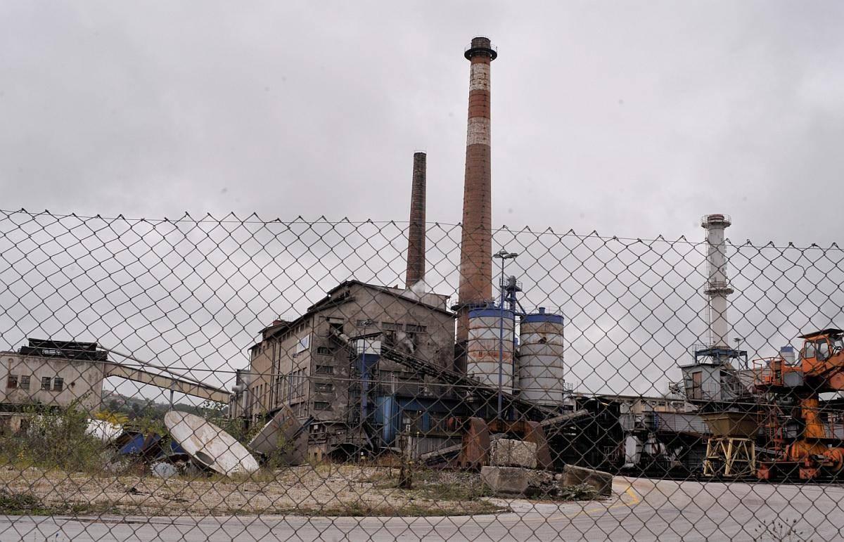 Tovarna celuloze v Krškem je stroje prvič zagnala pred 80 leti, proizvodnja pa je stekla po drugi svetovni vojni. Foto: BoBo