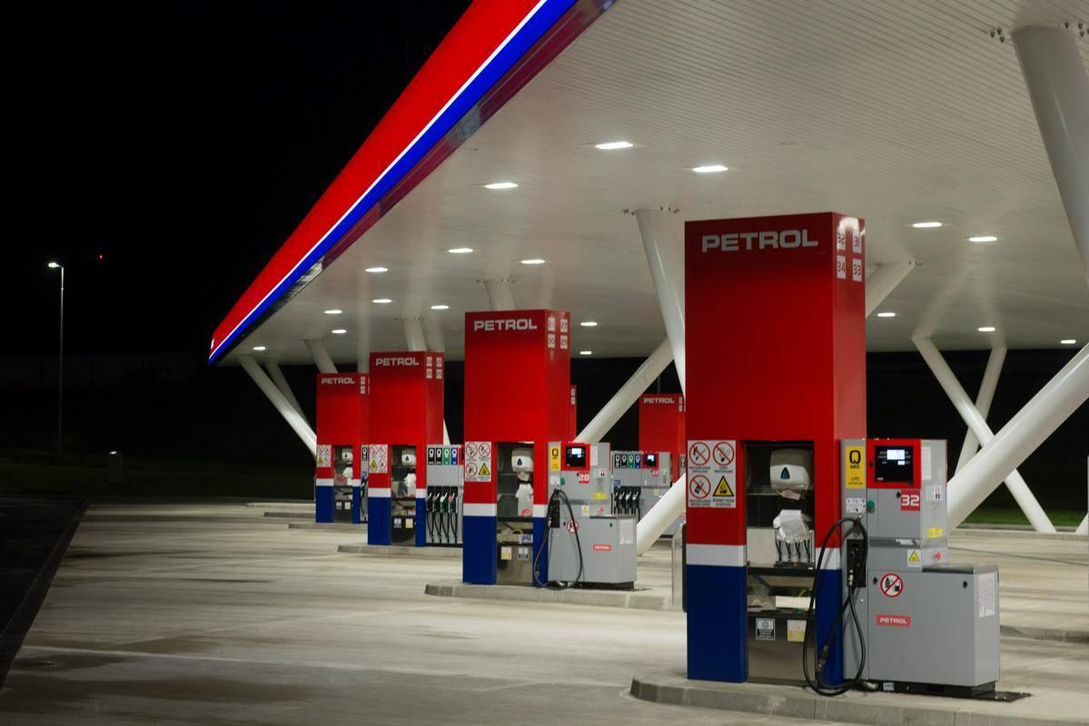 Petrol bo tržni delež na Hrvaškem z nakupom Croduxa povečal na 33 odstotkov. Foto: BoBo